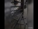 В ПРОЦЕССЕ металлическая узорчато кованая винтовая лестница ИЗГОТАВЛИВАЕМ ДЛЯ ФОТОСТУДИИ