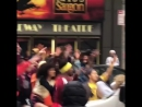2 - Зак Эфрон, Хью Джекман, Джеймс Корден и Зендая - Crosswalk Karaoke для программы The Late Late Show with James Corden