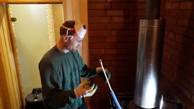 Чистка банной печи и металлического дымового канала оборудованием Snaplok. Это просто ЧУДО, быстро, качественно