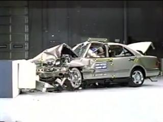1997 Mercedes-Benz E-Class Moderate Overlap Crash Test [IIHS]