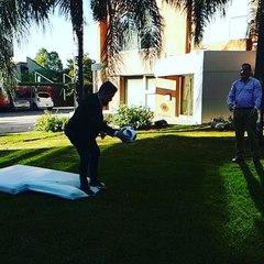 Аргентинский журналист сломал ногу, пытаясь повторить гол Роналду
