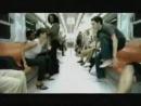 парень и девушка в метро прикол