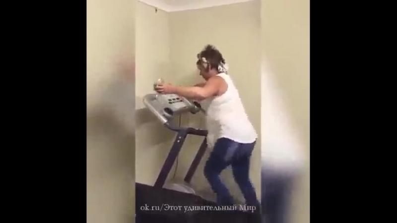 алкоголь и спорт несовместимы ))