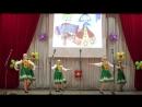 Средняя танцевальная группа Девчата с танцем Варенька