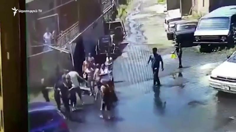 Նախկին ոստիկանապետի եղբայրն ու եղբորդին բռնություն են գործադրել անչափահասի և նրա հոր նկատմամբ[1]