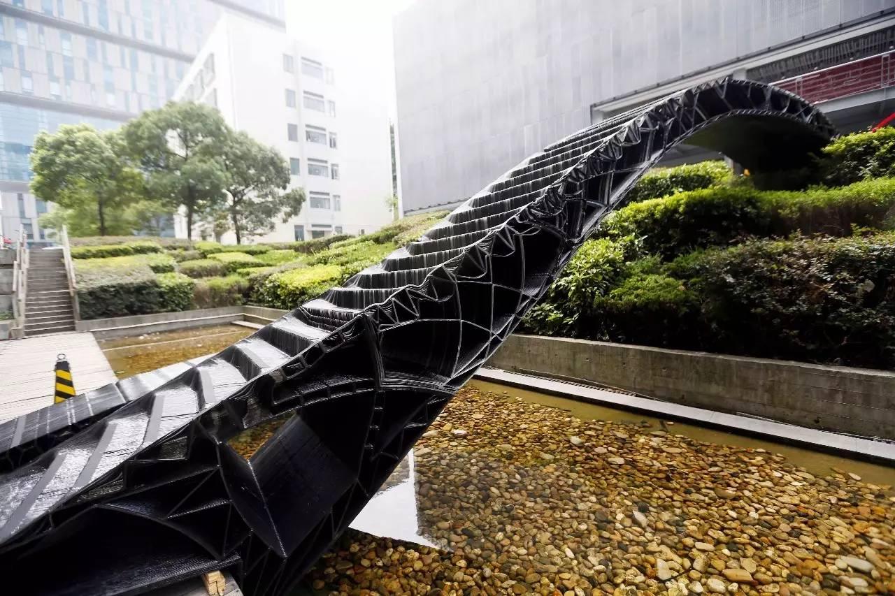 ПЕШЕХОДНЫЙ #МОСТ ПОСТРОЕННЫЙ ПО #3D-ТЕХНОЛОГИИ