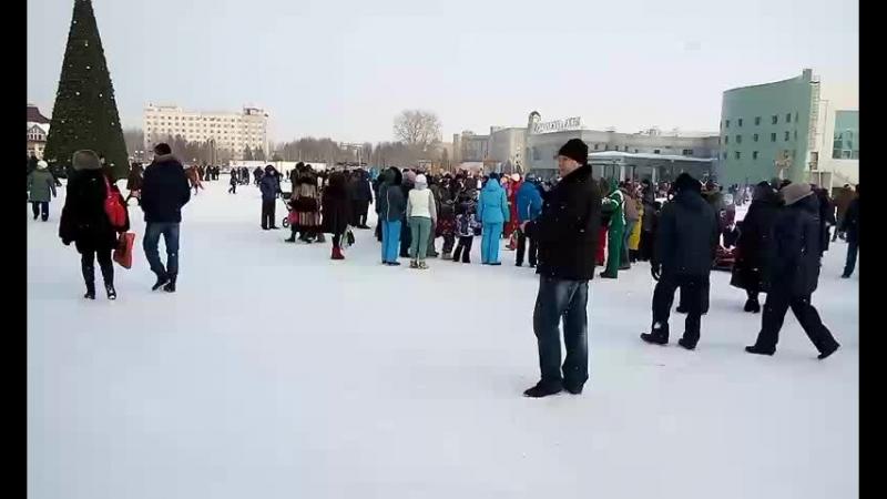 Праздник Масленицы в Нефтеюганске. Он-лайн