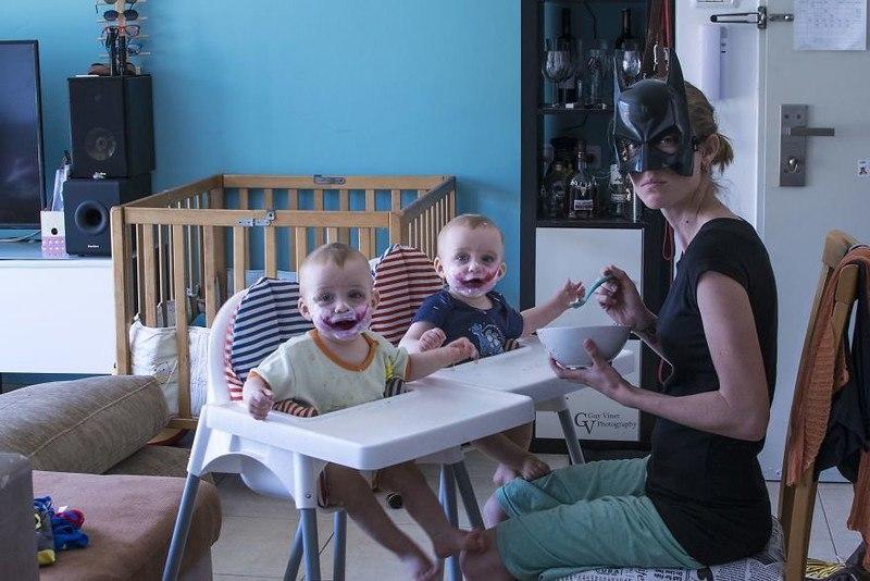 inGUqgCdRPY - Папа-фотограф: дети в опасности