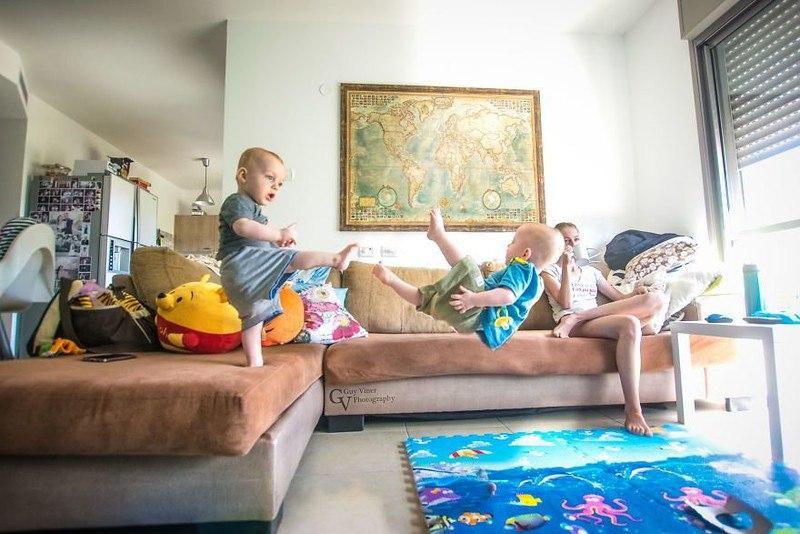 s OSrolTtU4 - Папа-фотограф: дети в опасности