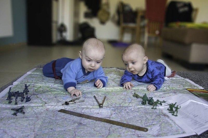 C 2ajT6HOkI - Папа-фотограф: дети в опасности
