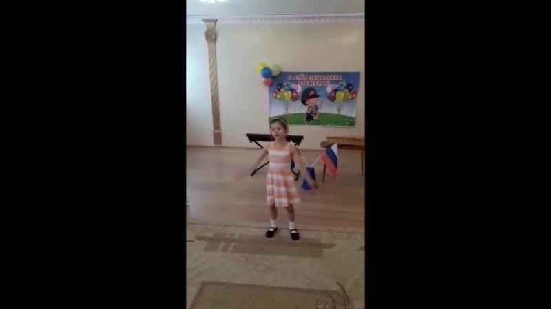 Секачева Софья Песня про папу