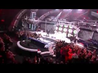 Первое выступление на песню «Rockstar 101» в передаче American Idol
