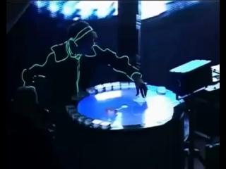 The Maneken - Im Table Live