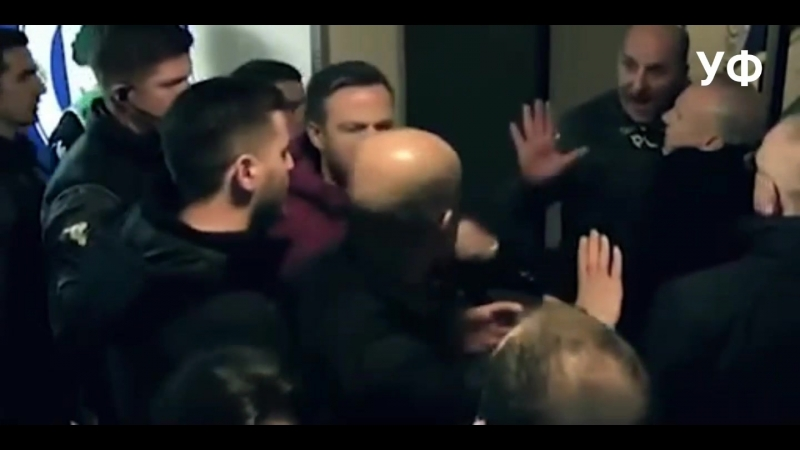 Гвардиола набросился на тренера Уигана Пола Кука Уиган Манчестер Сити