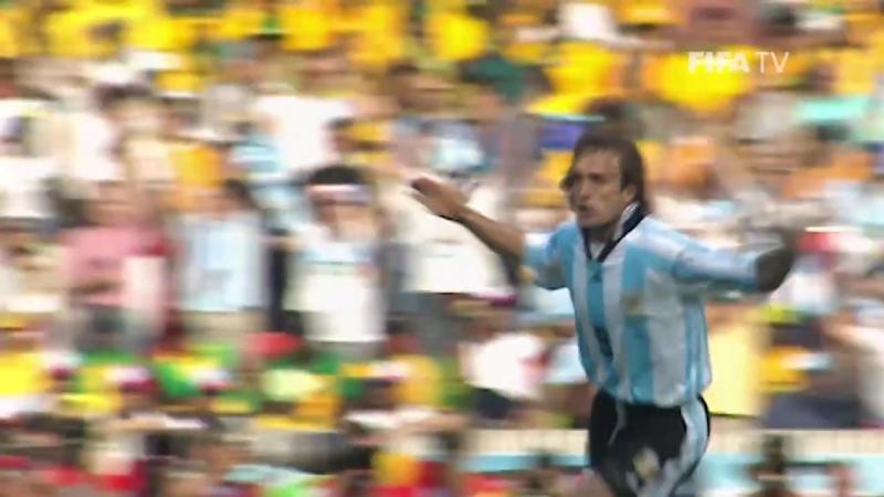 ЧМ-1998: хет-трик Габриэля Батистуты в матче с Ямайкой