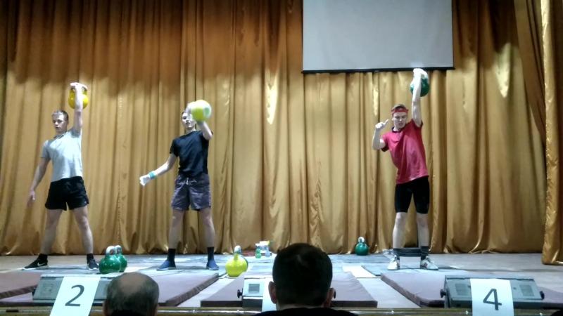 Рывок гири: Сергей Волошин - 24кг; Игорь Мельниченко - 16 кг.