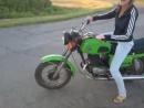 Лена на мотоцикле