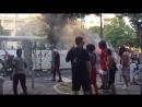 Marseille/ Frankeich Nach dem WM -Sieg Migranten verbrennen/ plündern Touristenbus.
