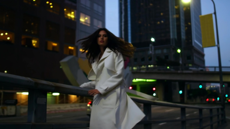 Aleyna Tilki - Yalnız Çiçek (Emre Serin Remix) (vk.comvidchelny)