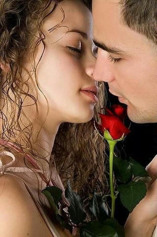 сайт содержит романтичное российское видео обреченно взгляд долу
