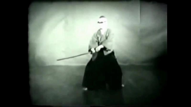 Коно Хякурэн Минору - 20-й Глава Школы (Сокэ) Мусо Дзикидэн Эйсин-рю Иай Хэйхо (дата киносъёмки: октябрь 1969 года)