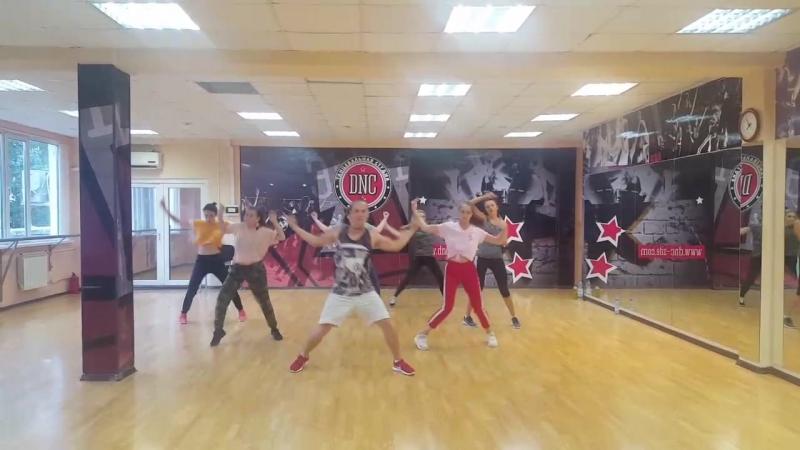 Хип-хоп в танц.студии DNC. Педагог: Виталий Ульбаев.