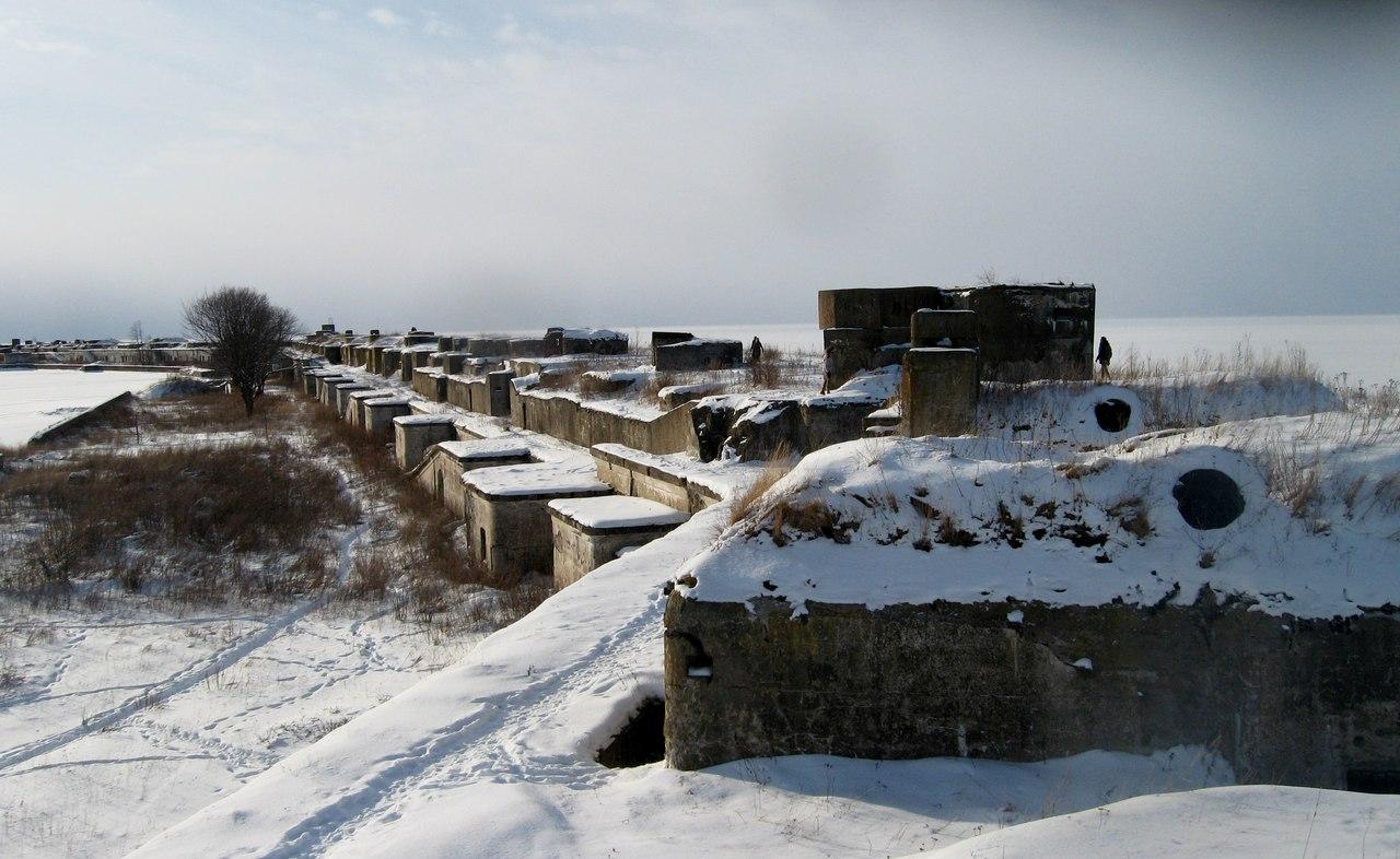 Ледовый поход на гигантский форт Обручев. Часть 2. Осмотр крепости снаружи