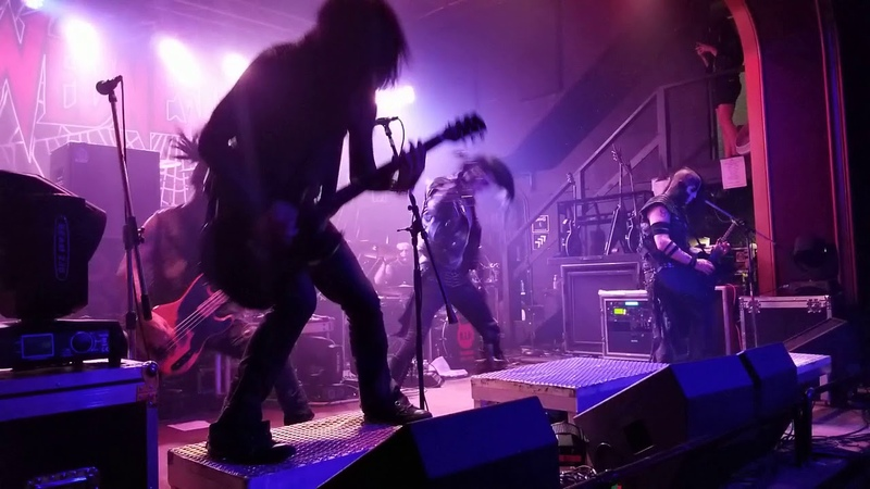 Wednesday 13 at Hawthorne Theatre, Portland, OR, USA (22.05.18)