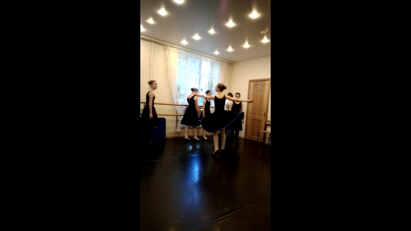 экзамен по народным танцам