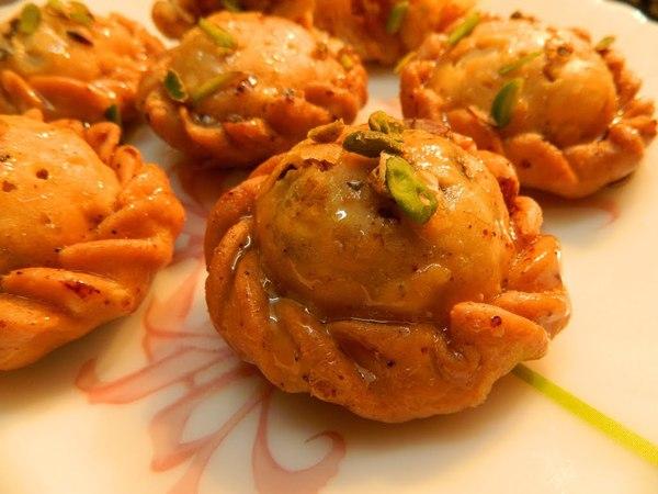 Chandrakala Recipe | Mawa Samosa | Suryakala | Gujiya recipe | karanji | Rakhi Special Sweet Recipe