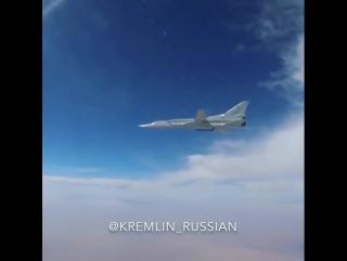 Точным курсом: дальняя авиация ВКС РФ нанесла удары по ИГ под Абу-Камалем.