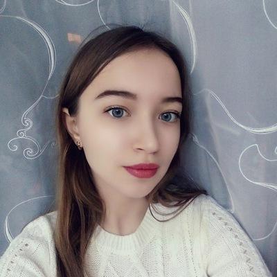 Юлия Поликарпова