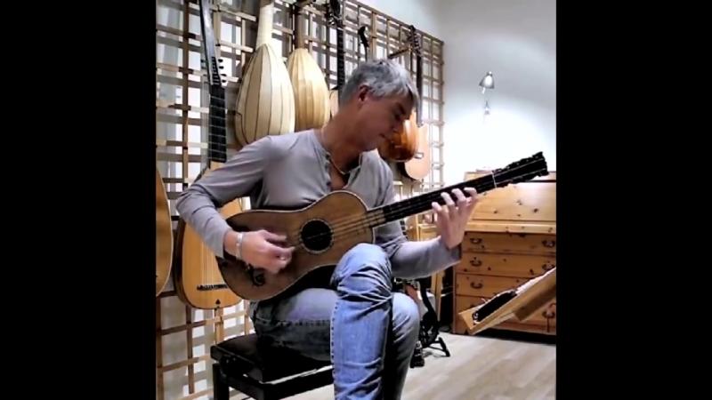 Так звучит единственная сохранившаяся гитара Страдивари 1679 года. Рольф Лислеванд исполняет тарантеллу Сантьяго де Мурсии