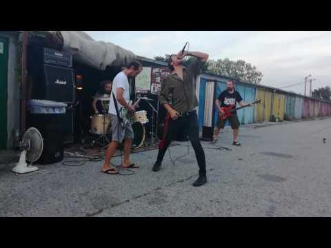 Koncerty na garážach - Barney Gumble