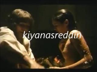 Türk filminde onsekizlik çıtırı banyoda memeler açık yıkamak part 1 - 18 years old young girl nude in bath in turkish movie