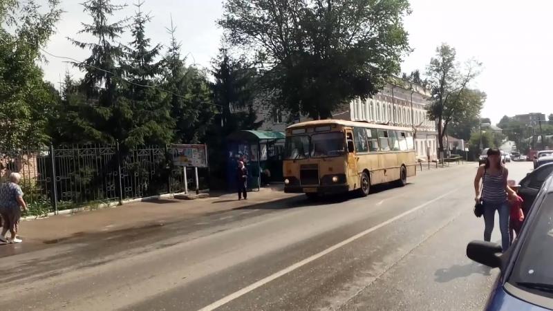 ЛиАЗ-677М в Арзамасе.