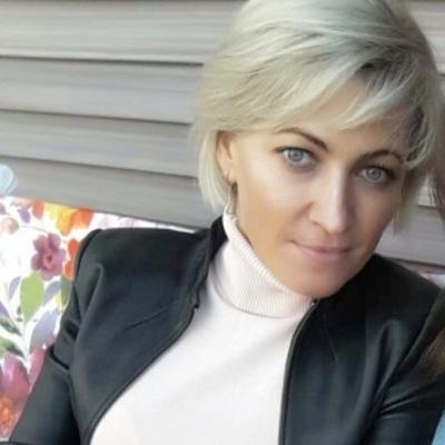 Анжелика Ахматова