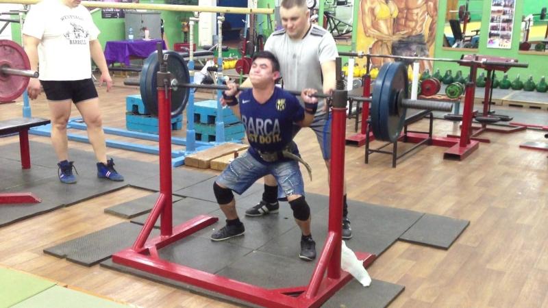 Алимгулов 100 кг 2 по 2 . при весе 51 кг