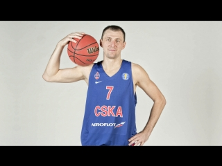 Vitaly Fridzon No-Look Pass & Andrey Vorontsevich Fast-Break Dunk