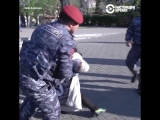 Сергсян стал премьером Армении, в Ереване протесты