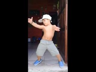 Настоящий хозяин танцпола