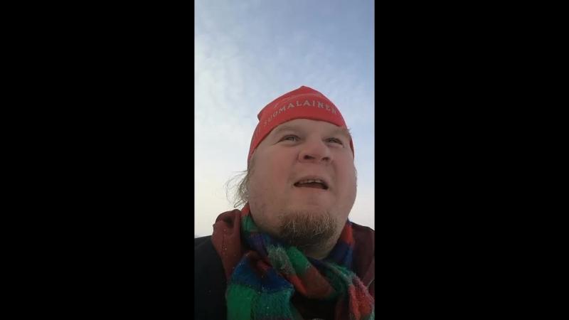 горячий финский парень на Симбелским озере