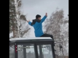 Уральский тракторист устроил «форсаж» на льду