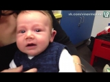 Глухой ребёнок впервые слышит маму