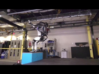 Робот-паркурщик от Boston Dynamics