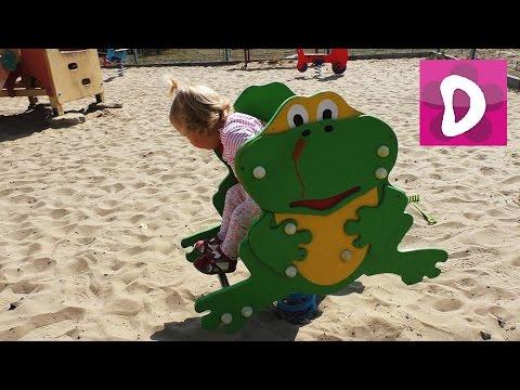✿ VLOG Киев Катаемся на Байках Играем на Детской Площадке Play in the playground Happy kids