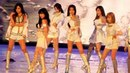 SNSD - The Boys (Remix ver.) [MAMA Awards in Singapore 2011] (291111) (Fancam)