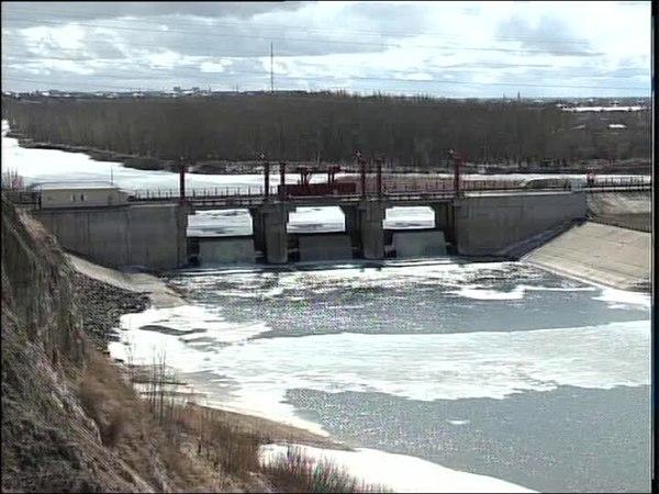 На Сергеевском водохранилище перелив уже обошёл отметку 160 см