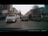 Разборки на дороге в Саратове с пистолетом и битой (VHS Video)