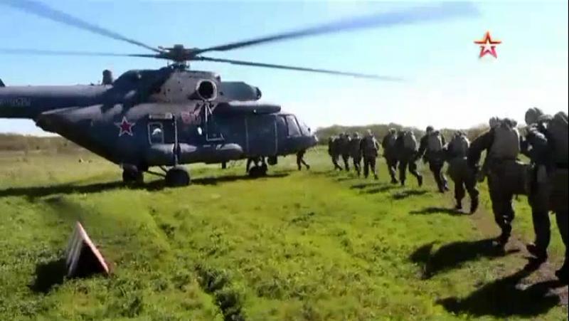 Спецназ ЮВО совершил десантирование в труднодоступной местности на Кубани